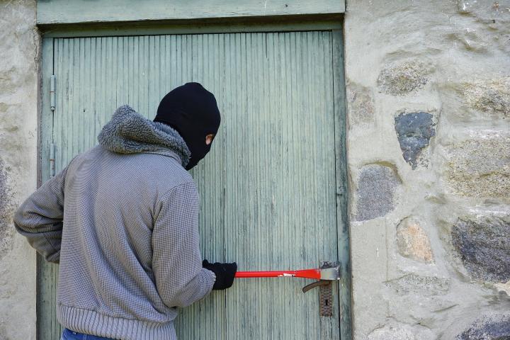 Türe die nicht mehr im Gebraucht sind, sollten dauerhauft verriegelt werden